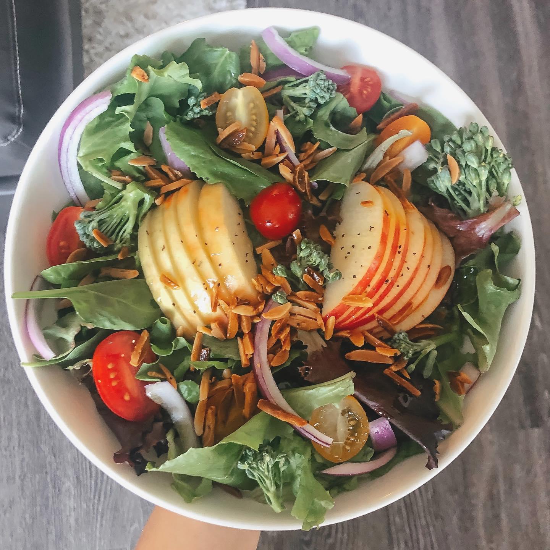 Apple & Roasted Almond Salad